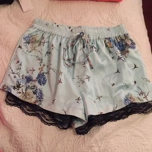 Super cute silky lace floral mint shorts